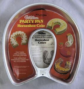 Wilton Horseshoe Cake Pan