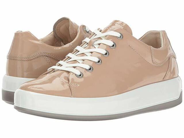 ECCO Women's Soft 9 Tie Sneaker 39 M