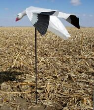 LUCKY DUCK TRUMOTION SNOW GOOSE MAGNET FLYING HOVERING FLAPPING DECOY NEW!