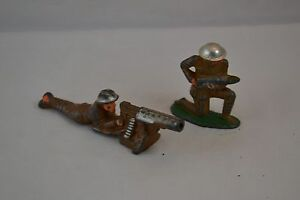 World Warn Machine Gunner and Artilery Soldier Vintage Lead Soldiers