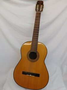 CONN CLASSICAL SIZE ACOUSTIC GUITAR C-10 C-40 ? VINTAGE 70S MADE IN JAPAN