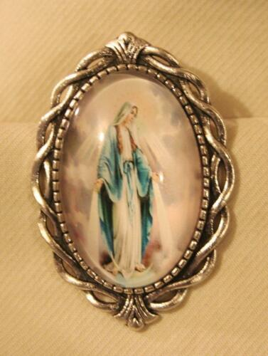 Lovely Open Twist Looped Pastel Immaculate Conception Cameo Silvertn Brooch Pin