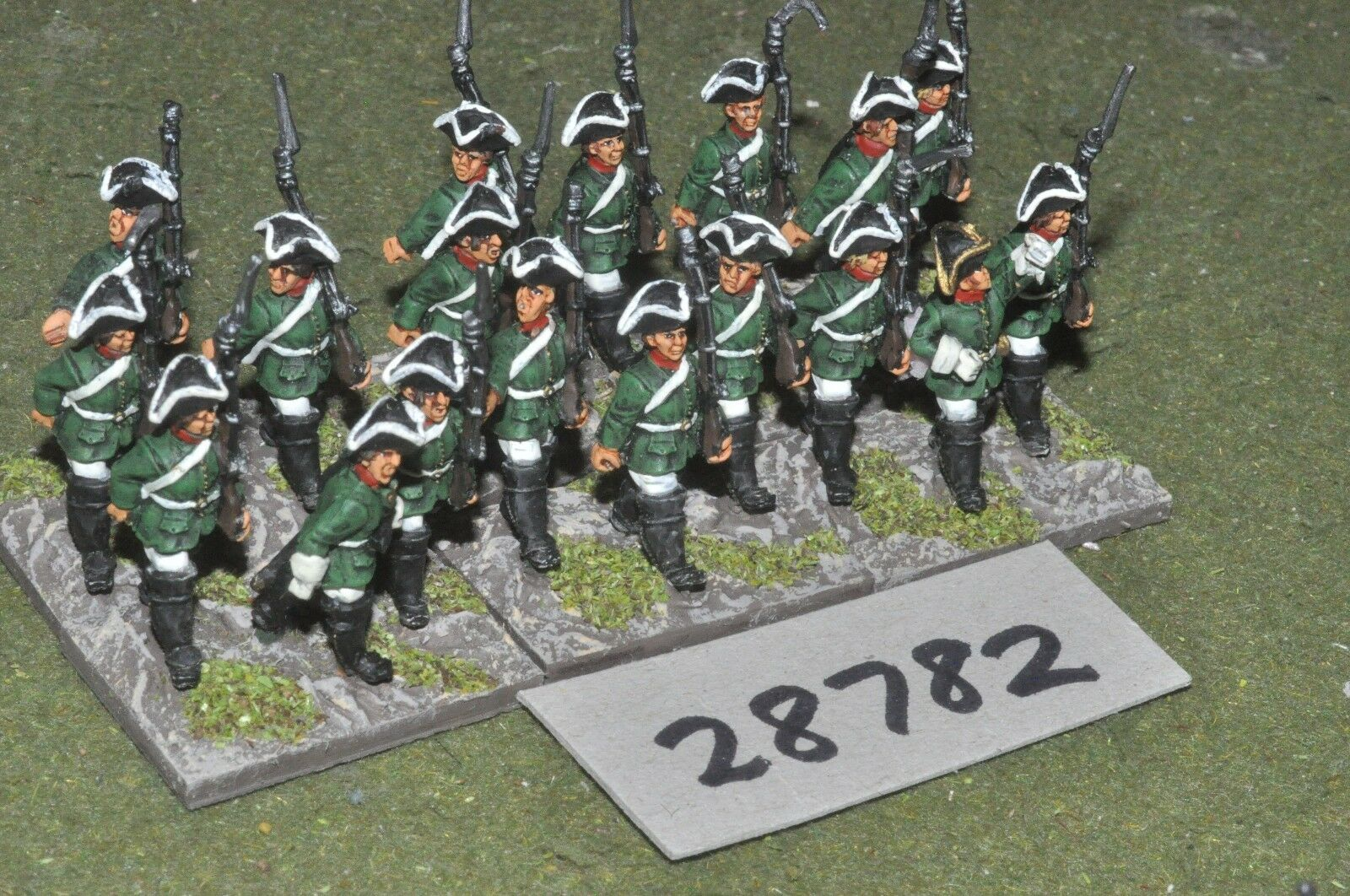 25mm 7YW   russian - regt. 18 figures - inf (28782)