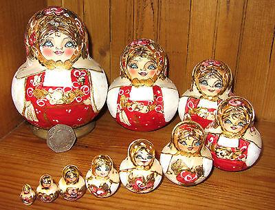 Russian nesting dolls RED WHITE Matryoshka Pyrography 10 pieces MAMAYEVA signed