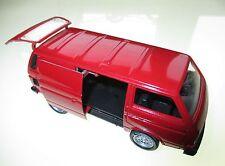 Volkswagen VW T3 t 3 Transporter in rot rouge rosso roja red, Schabak in 1:43!