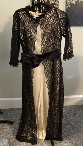 Fantastic Vintage 1960s-70's 2 Pc Hostess Wear Wid