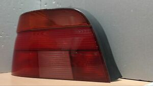 BMW-5ER-5-D-E39-Heckleuchte-Ruecklicht-Hella-MIT-Lampentraeger-Links-8358031