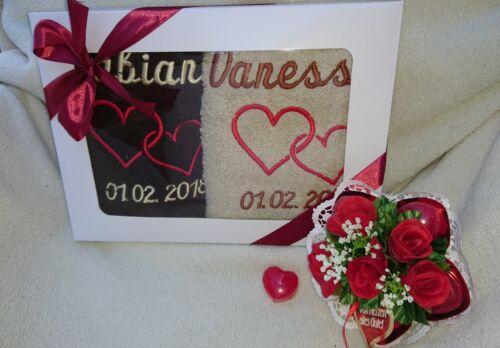 Handtuch Geschenkset Hochzeit mit Namen bestickt Verlobung Hochzeitstag Geschenk