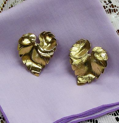 VINTAGE CLIP BACK EARRINGS LARGE LEAF GOLDTONE COSTUME JEWELRY BIG CHUNKY GOLD