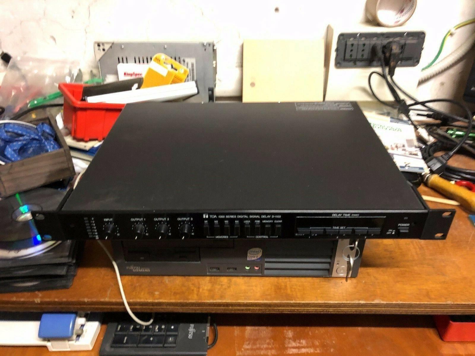 TOA D-1103 DIGITAL SOUND DELAY
