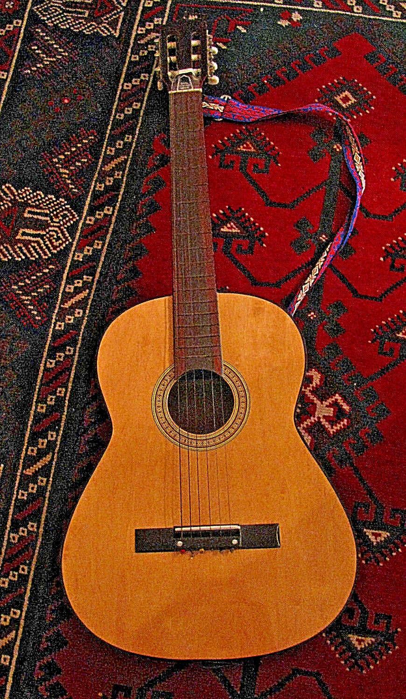 Hochwertige,alte Vintage Gitarre,gebraucht,guter Zustand,aus einem Nachlass