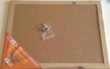 Tableau de liège avec cadre en bois 40x30cm, épingler, punaise