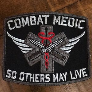 """COMBAT MEDIC NEW 5x3/"""" IRON-ON MILITARY EMBROIDERED PATCH"""