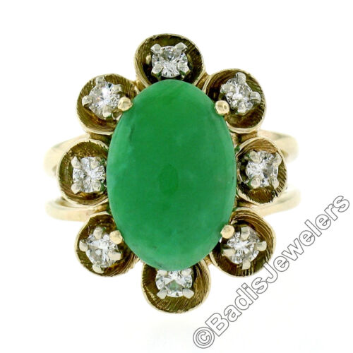 Vintage 14K Yellow Gold Oval Jade Solitaire Ring w 0.50ctw Diamond Halo Frame
