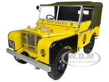 """1948 LAND ROVER YELLOW """"AA ROAD SERVICE"""" 1/18 BY MINICHAMPS 150168901"""