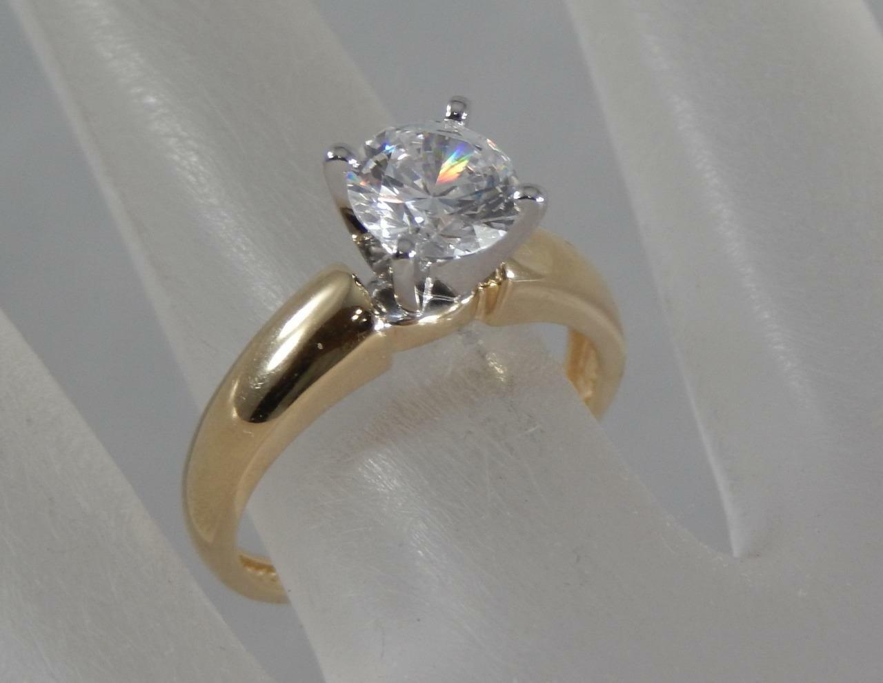 62ce1be19 Estate 14 Karat Yellow gold 1Ct Cubic Zirconium CZ Solitaire Ring Sz 6 14K  F0818