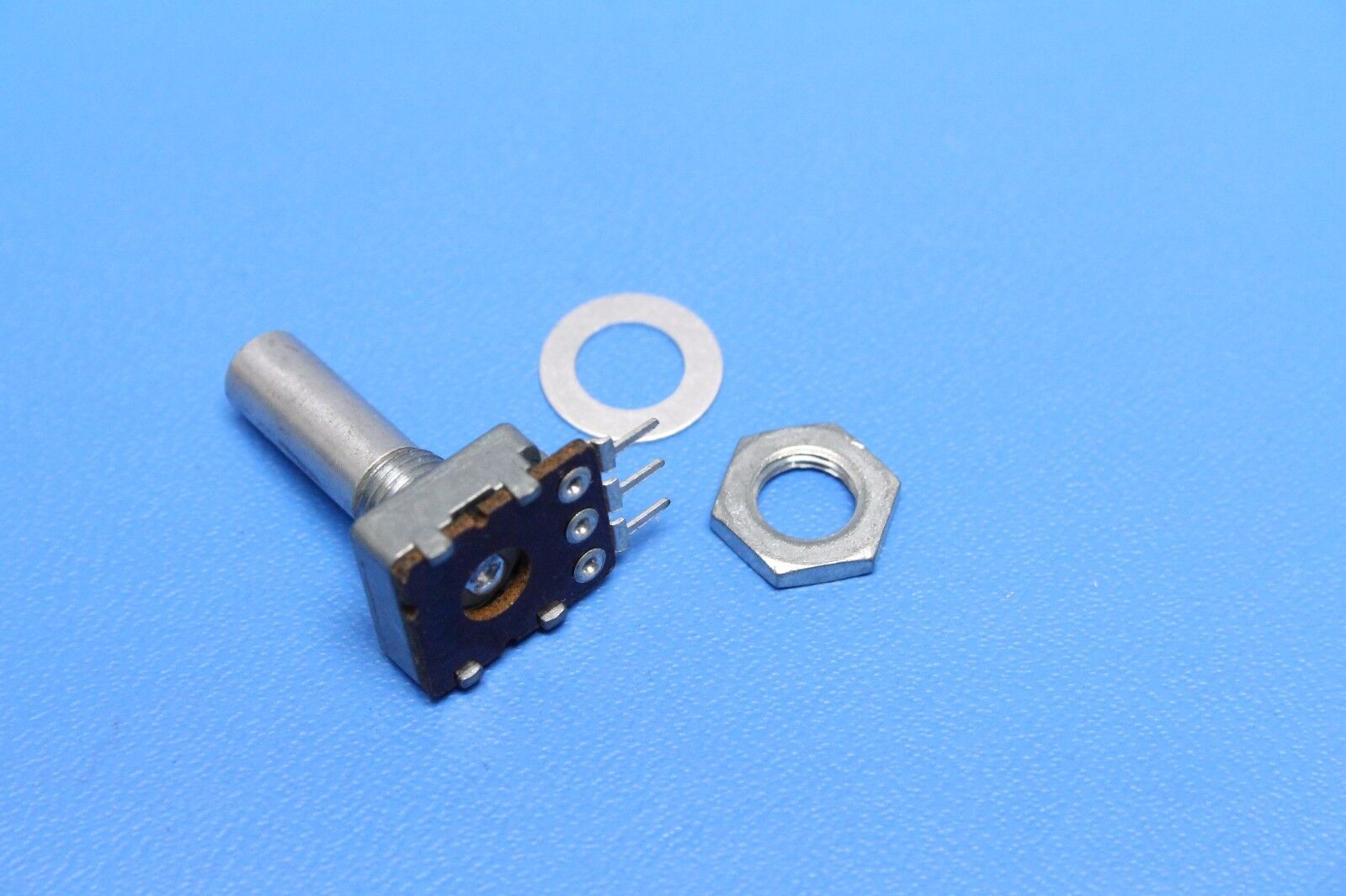 10PCS ADG419BRZ SOP-8 LC2MOS Precision Mini-DIP Analog Switch