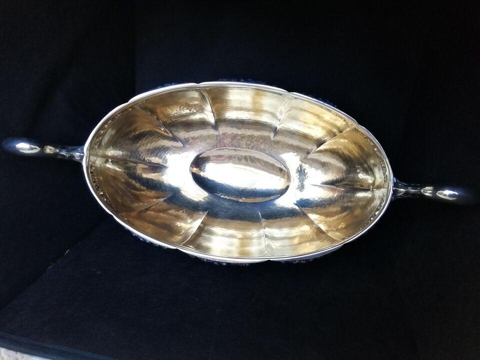 Sølvtøj, Jardiniere/vase I tretårnet sølv '830 S' 969 gr