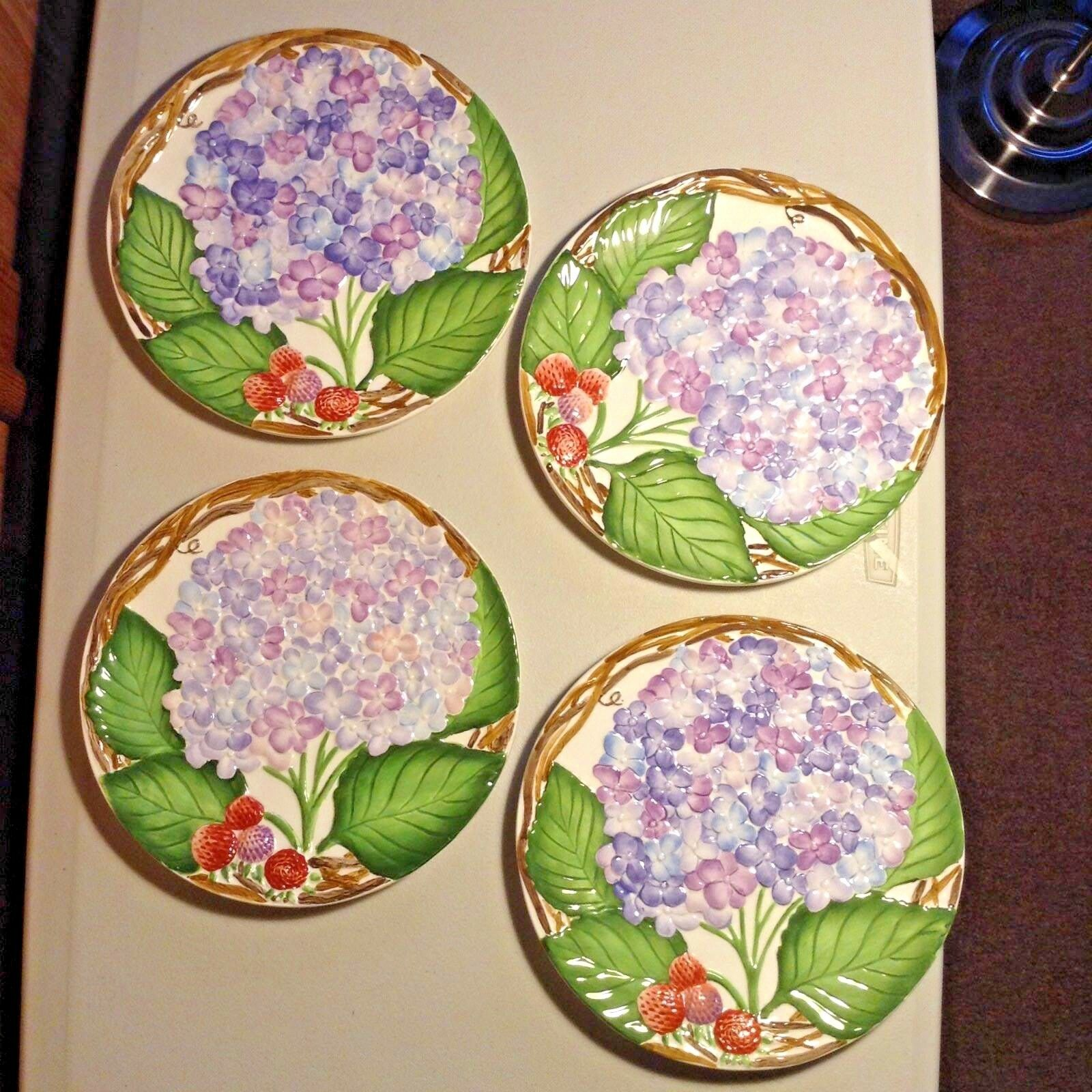 JEANNE BEURY 2000 Set of four Hand Painted HYDRANGEAS & BERRIES Salad Plates 8.5