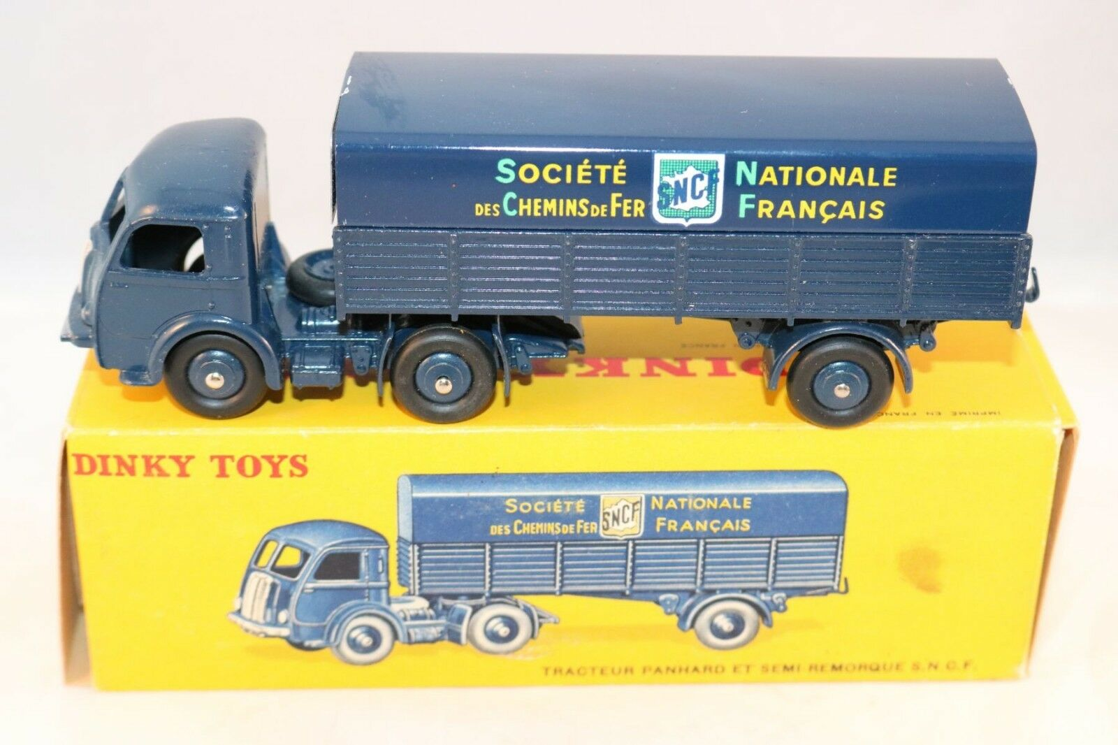 Dinky Toys 32AB Panhard semi-remorque SNCF very very near mint in box