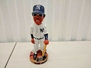 Reggie-Jackson-New-York-Yankees-Legends-of-the-Diamond-Bobblehead