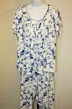 Me by Miss Elaine Womens Ladies Blue Floral 2 Piece Capri Pajamas Size 2X New