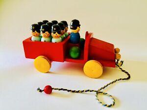 Grande-treno-pompieri-con-birilli-Legno-SEVI-anni-50-giocattolo-vintage