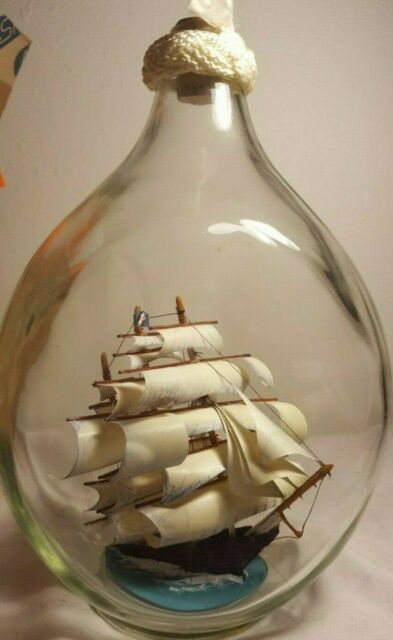 Stunning model of the Cutty Sark in a Glass Bottle