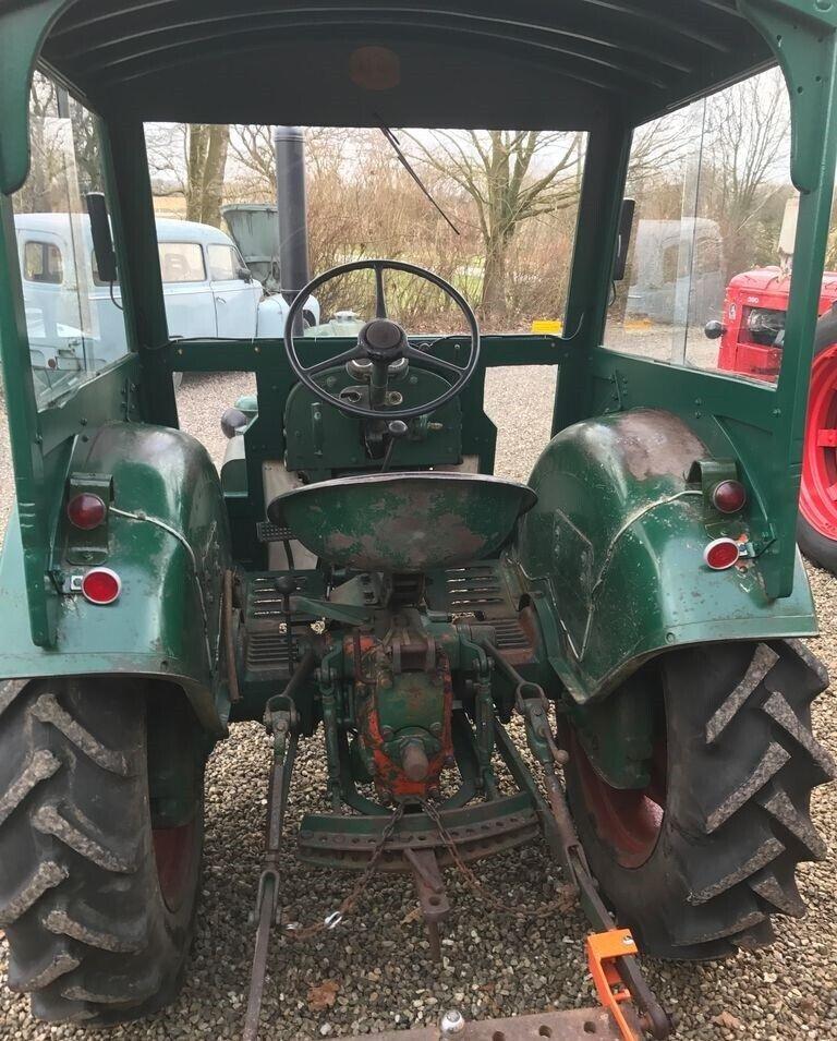 Fin veteran traktor