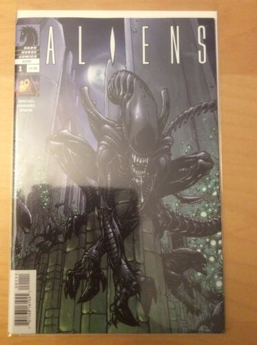 ALIENS 1 VOL 1, NM 9.4 9.6, 1ST PRINTS & ALIENS 1 VOL 2, & ALIENS EARTHWAR