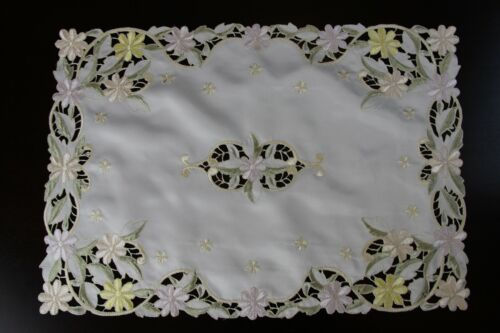 Embroidered Lace Placemat Runner Dresser Scarf Wedding Party Event Dining Decor