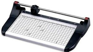 Rotary Paper Cutter, Model Kw-trio 3216, 18¨ capacity 7 sheet, alum base. New