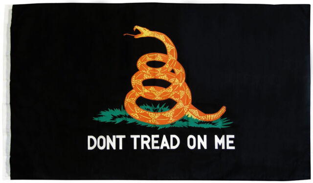 """GADSDEN DON/'T TREAD YELLOW DOUBLE SIDED GARDEN BANNER//FLAG 12/""""X18/"""" SLEEVED POLY"""