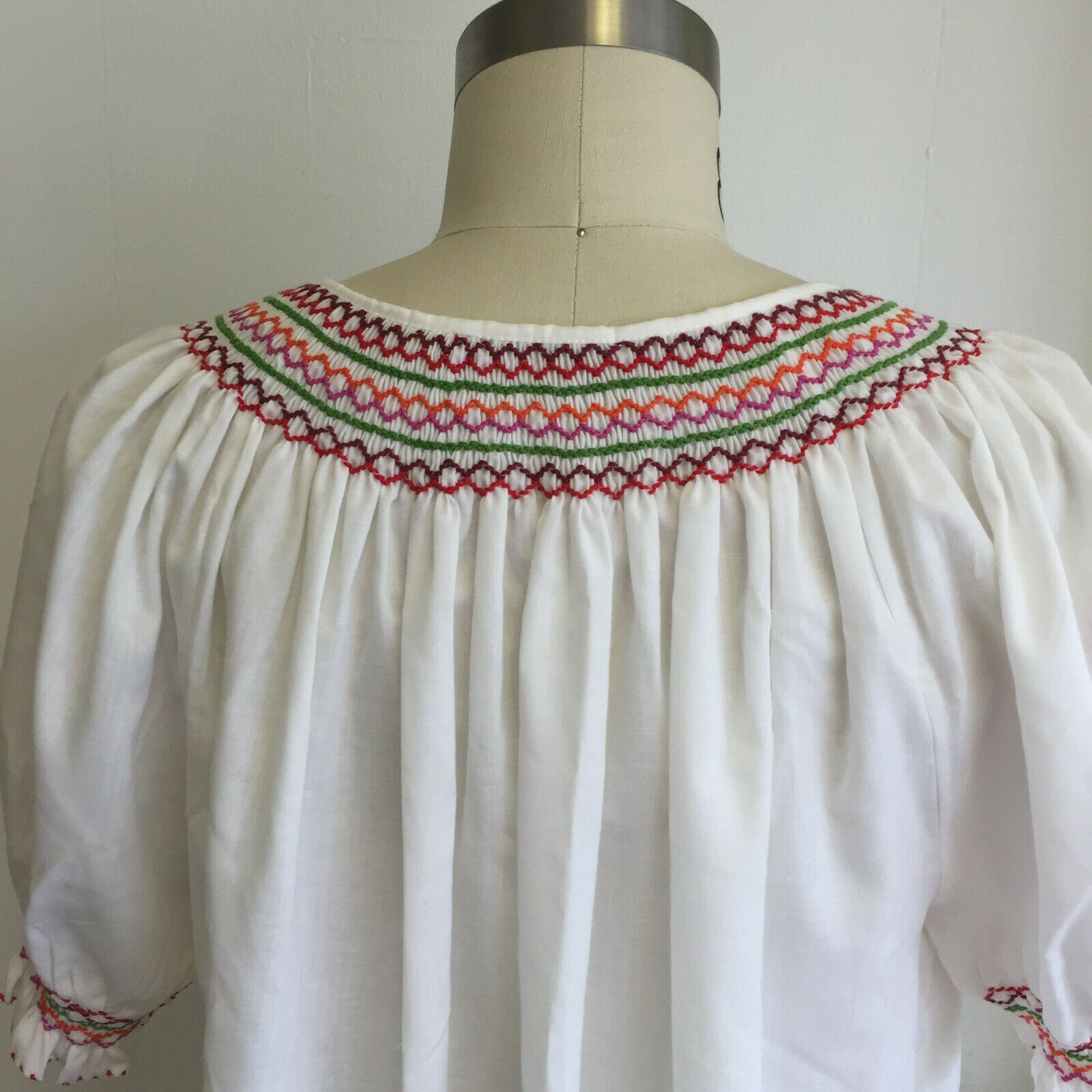 Vintage Hungarian Blouse Embroidered Peasant Top … - image 5