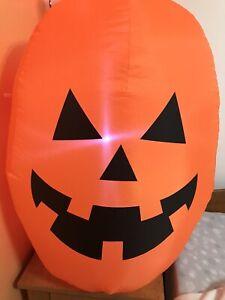 inflatable-pumpkin