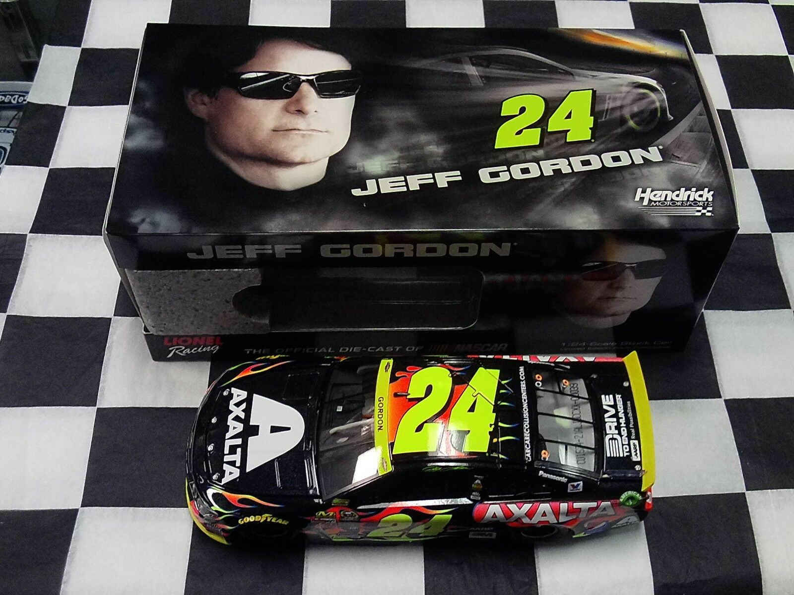 Jeff Gordon  24 axalta Chase 4 la coupe 2015 1 24 Action NEW IN BOX NASCAR C 245821 aljgcc
