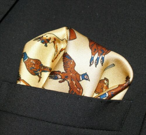 UK Made Huntsman Lt Gold DBH-09 100/% SILK Pocket Square Handkerchief