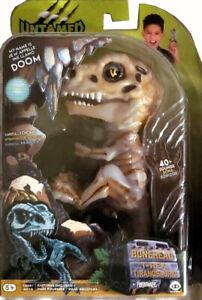 DOOM WowWee Fingerlings Untamed Raptor Dinosaur T-Rex Bonehead Skeleton Dino