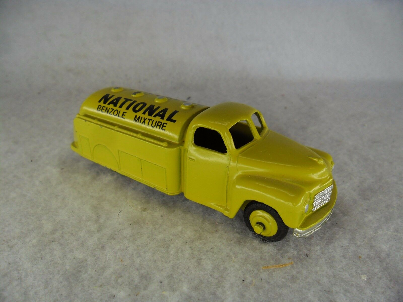 Dinky Toys Studebaker National Benzole Mixture Oil Tanker