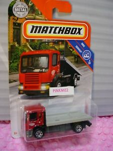 2019-Matchbox-95-MBX-FLATBED-KING-wrecker-red-gray-tow-truck-SERVICE-towing-J