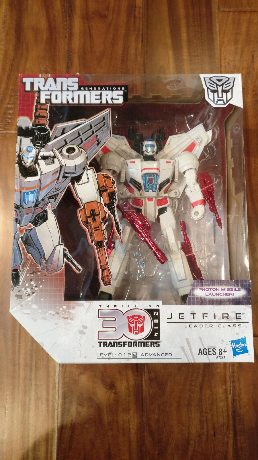 Hasbro Autobot Transformers Generations Jetfire Thrilling 30 Leader Class NEW