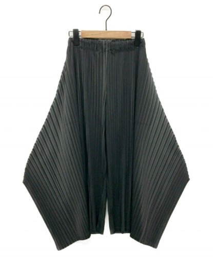 PLEATS PLEASE Transformed Pleated Pants Gray Size: