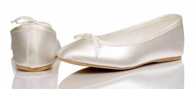 Elfenbein oder Weiss Brautjungfern Blumenmädchen Taufe Pumps Schuhe Alle Größen