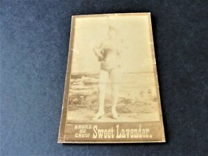 Antique-1880s-Sweet-Lavender-Tobacco-Card-with-black-amp-white-image-of-lady