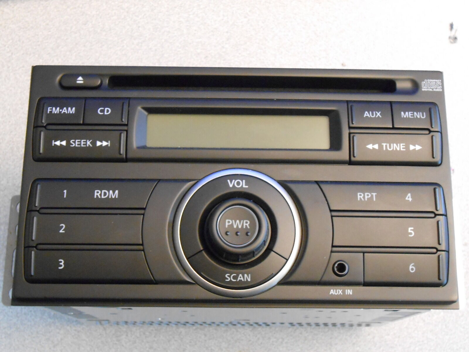 2012 Nissan Cube NV Factory Car Radio Am / FM CD Player OEM Clarion ...
