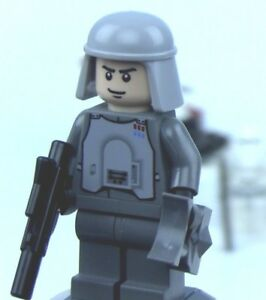 LEGO STAR WARS Minifigure HOTH IMPERIAL OFFICER From Set 8084