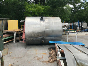 Stainless Steel Tank Approx. 2500 Gallon With Mixer Used