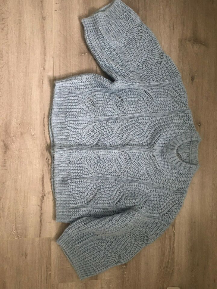 Sweater, Designers Remix, str. 38