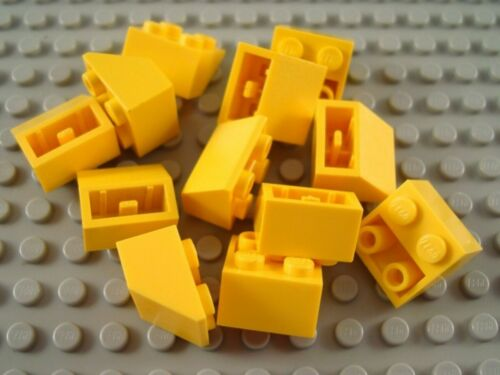 LEGO Lot of 12 Yellow 2x2 Inverted Slope Pieces