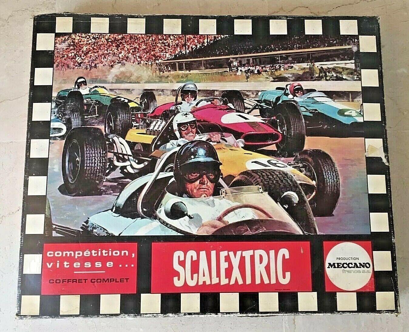 Circuit de voitures Scalextric Meccano - Ferrari & Tyrell - 38LT -  Vintage 1970